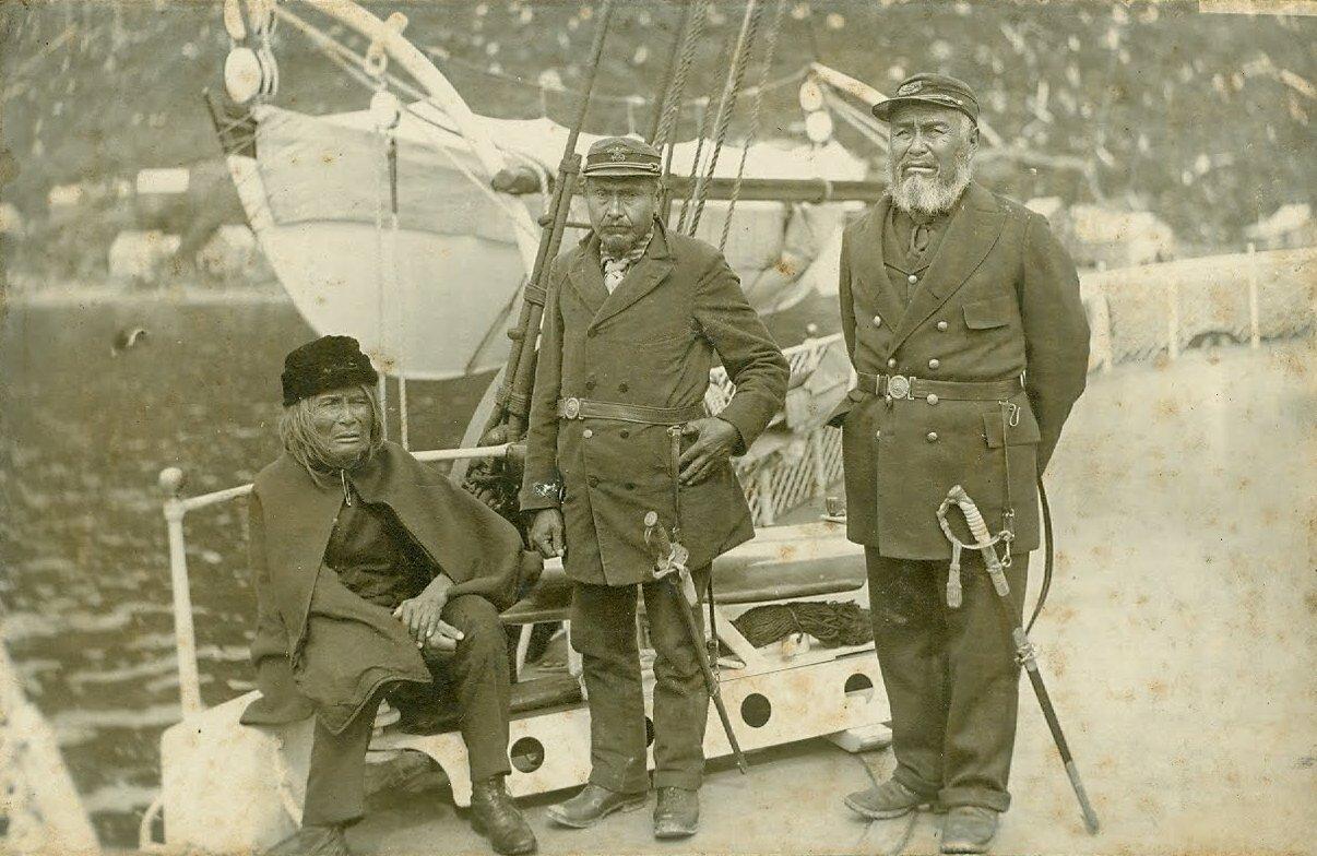 1880. Тлинкит на борту корабля