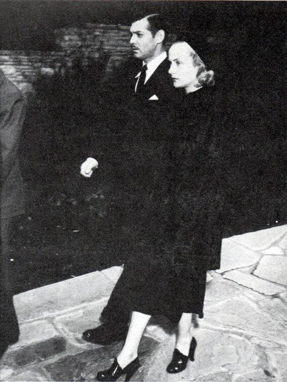 1937. Кларк Гейбл и Кэрол Ломбард на похоронах Джин Харлоу