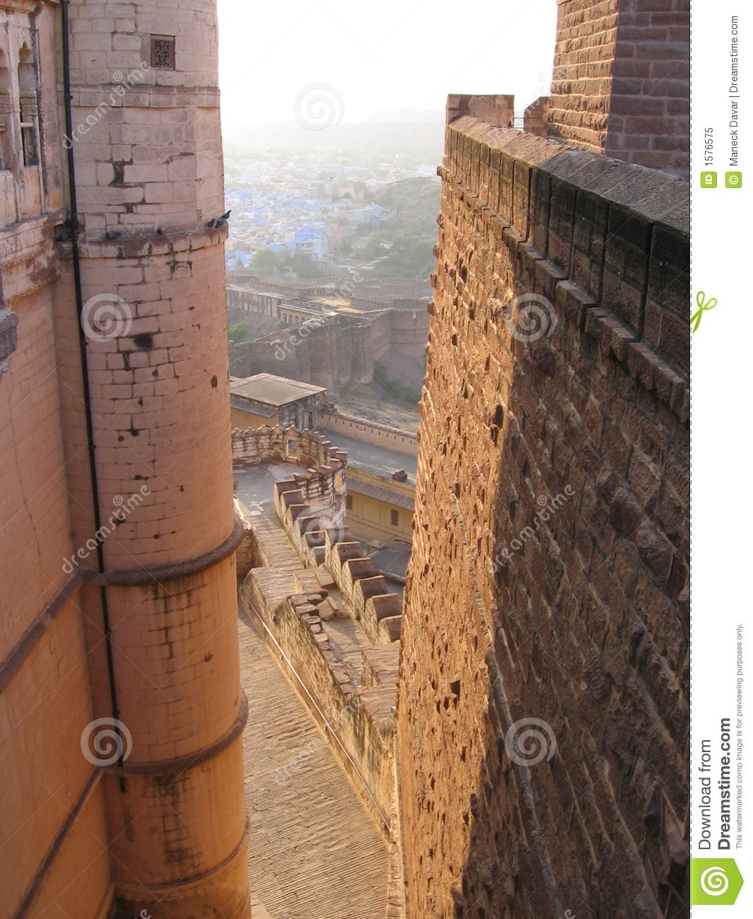 http://www.dreamstime.com/royalty-free-stock-photo-fort-walls-meherangarh-jodhpur-rajasthan-india-image1576575