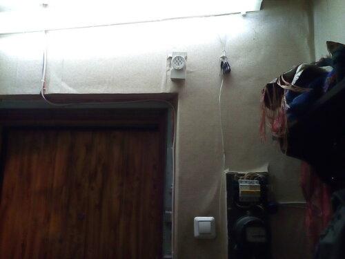 Вызов электрика аварийной службы в квартиру после отказа пакетного выключателя. Установка дополнительных автоматов