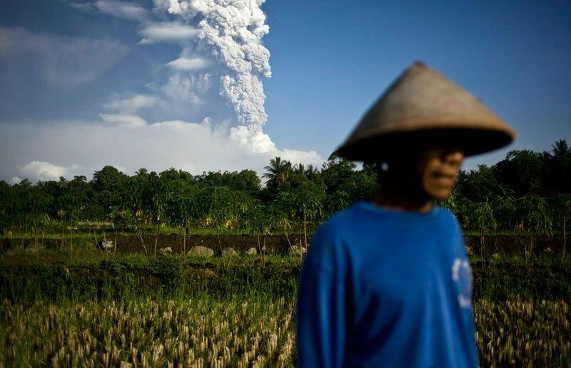 Красивые фотографии извержения вулканов 0 1b6253 2e7c3f2 XL