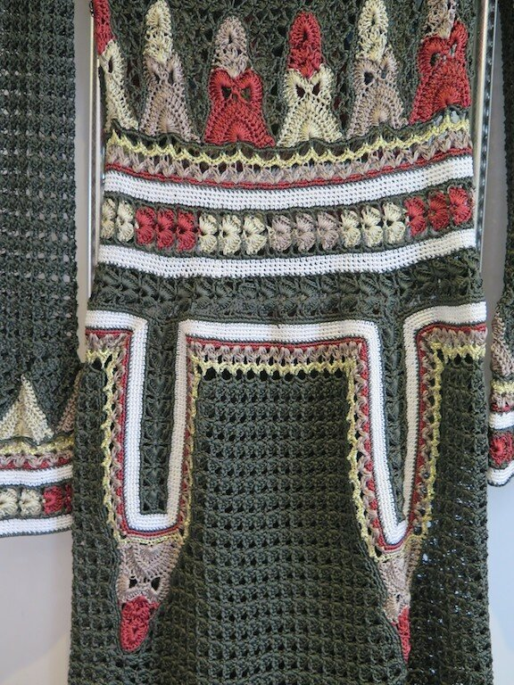 Платье в национальном стиле от Giovana Dias