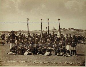 Группа фельдфебелей и знаменосцев Лейб-гвардии Измайловского полка.