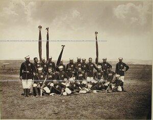 Группа фельдфебелей и знаменосцев Лейб-гвардии Егерского полка.