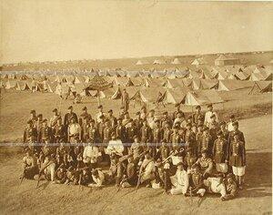 Группа офицеров и солдат Лейб- гвардии 4-го Стрелкового батальона (императорской фамилии).