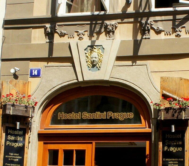 Чехия.Домовые знаки и легенды.