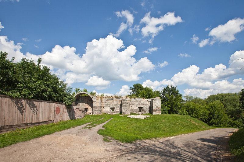 Фрагмент оборонительных стен Серпуховского кремля