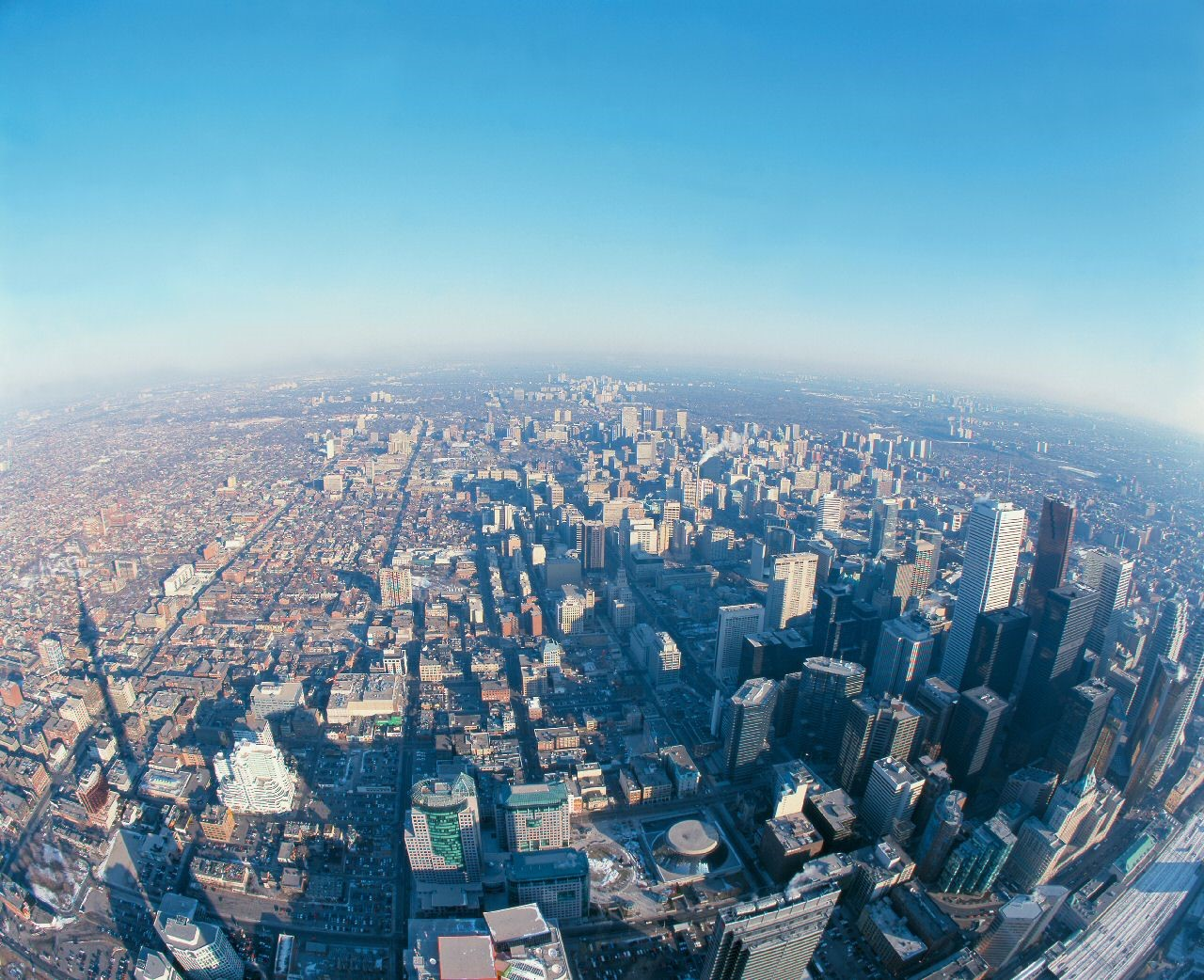 Aerial View of the CN Tower, Toronto, Canada без смс