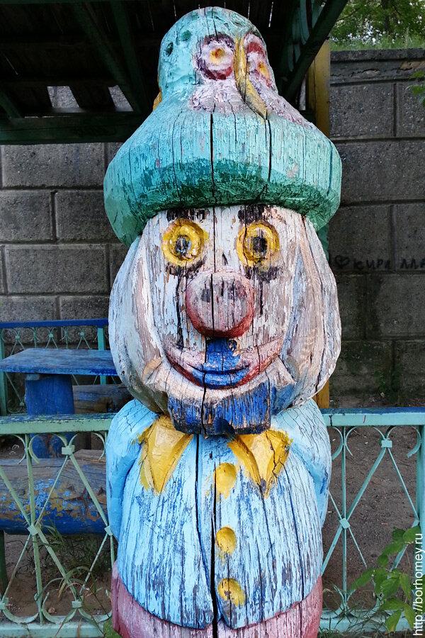 фигурка в саровском дворе