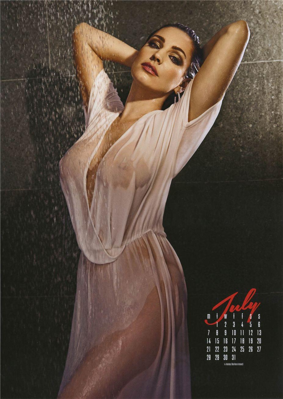 июль - Календарь сексуальной красотки, актрисы и модели Келли Брук / Kelly Brook - official calendar 2014
