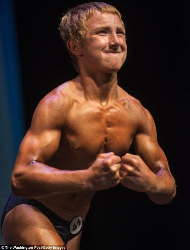 14-летний пауэрлифтер побил мировой рекорд