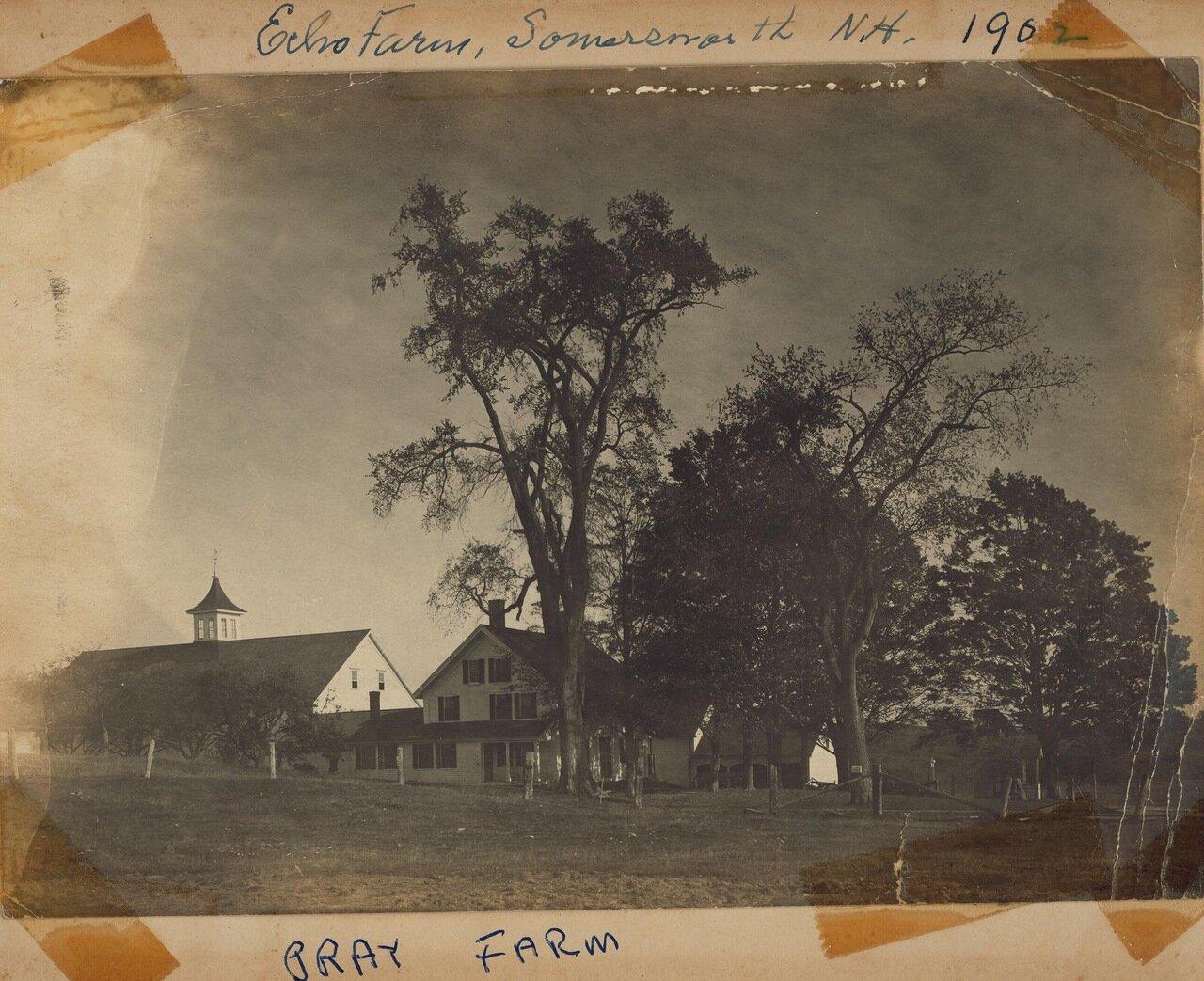 Семейная ферма Прэй в Нью-Гемпшире, где Фредерик и его сестра Сара выросли. Они вместе посетили ее в последний раз в 1902 году