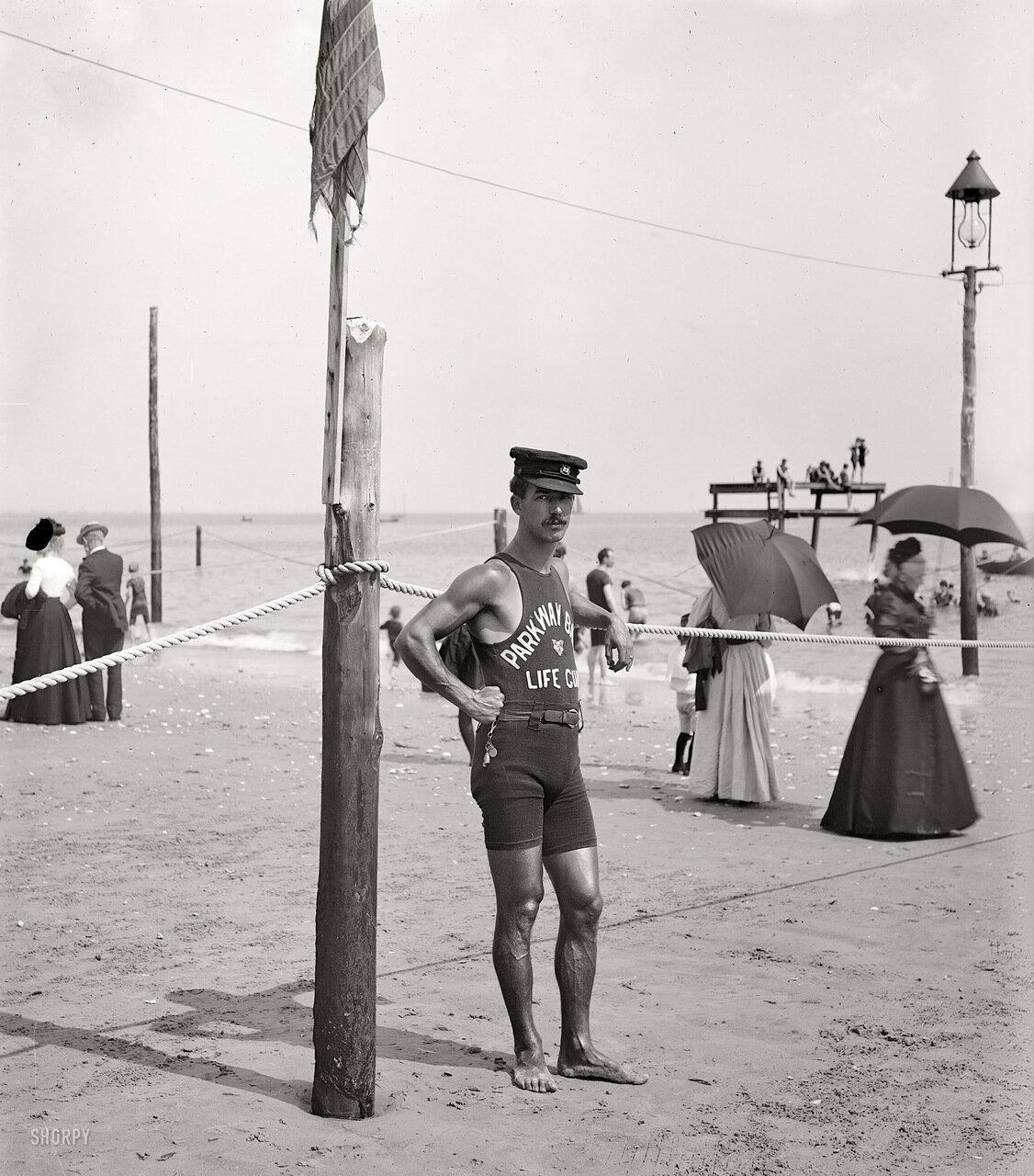 1905. Спасатель