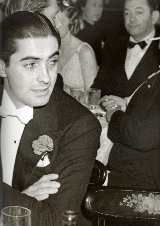 1938. Тайрон Пауэр на церемонии награждения премией Оскар