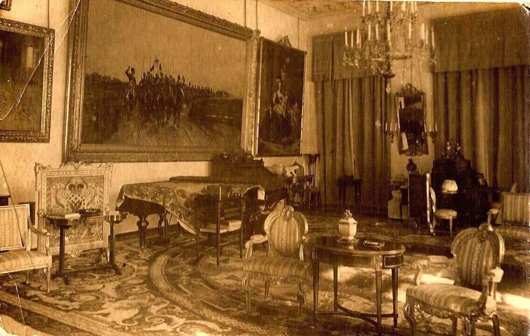 Утраченный интерьер угловой гостиной императрицы Александры Федоровны из Александровского дворца в Царском селе