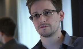 Эдвард Сноуден нашел работу в России