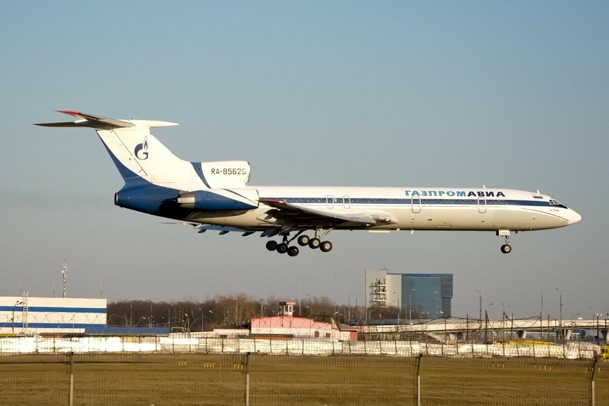 Туполев Ту-154М. Газпромавиа . RA-85625.