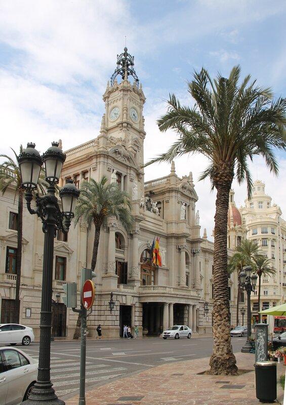 Валенсия. Здание мэрии (Ayuntamiento de Valencia)