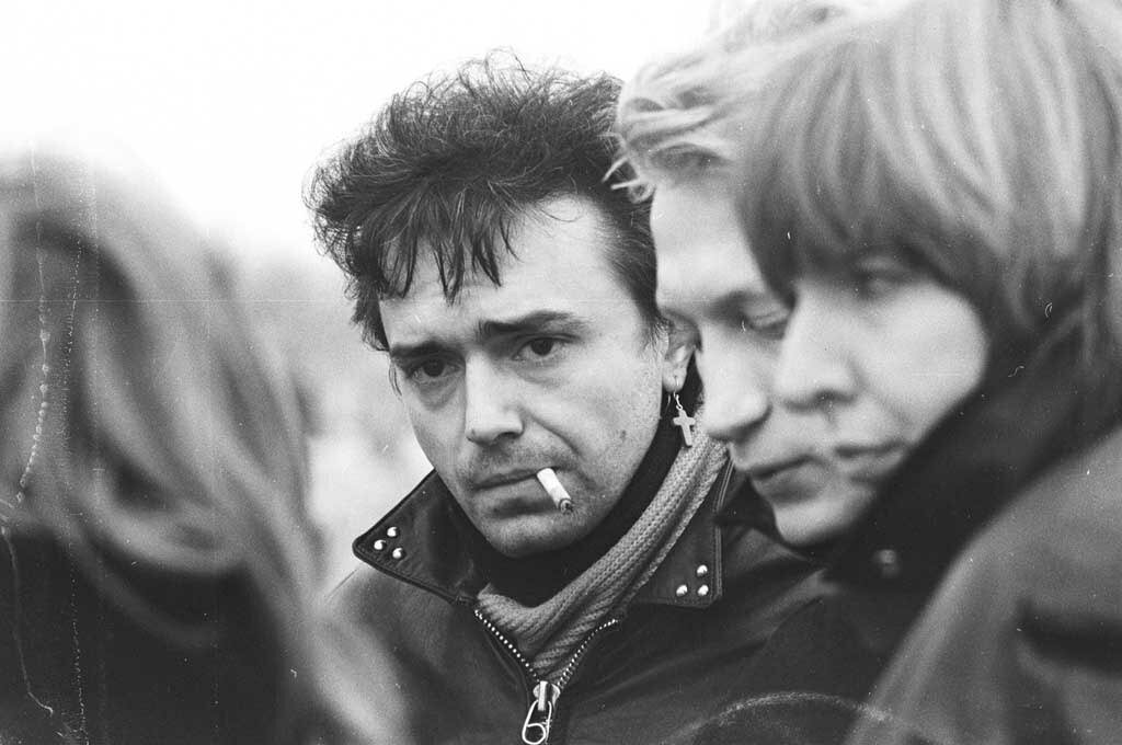 хард-рок группы зарубежные слушать исполнителей