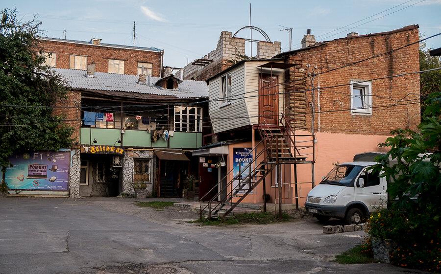 Харьков, фото осеннего города, достопримечательности и дворы