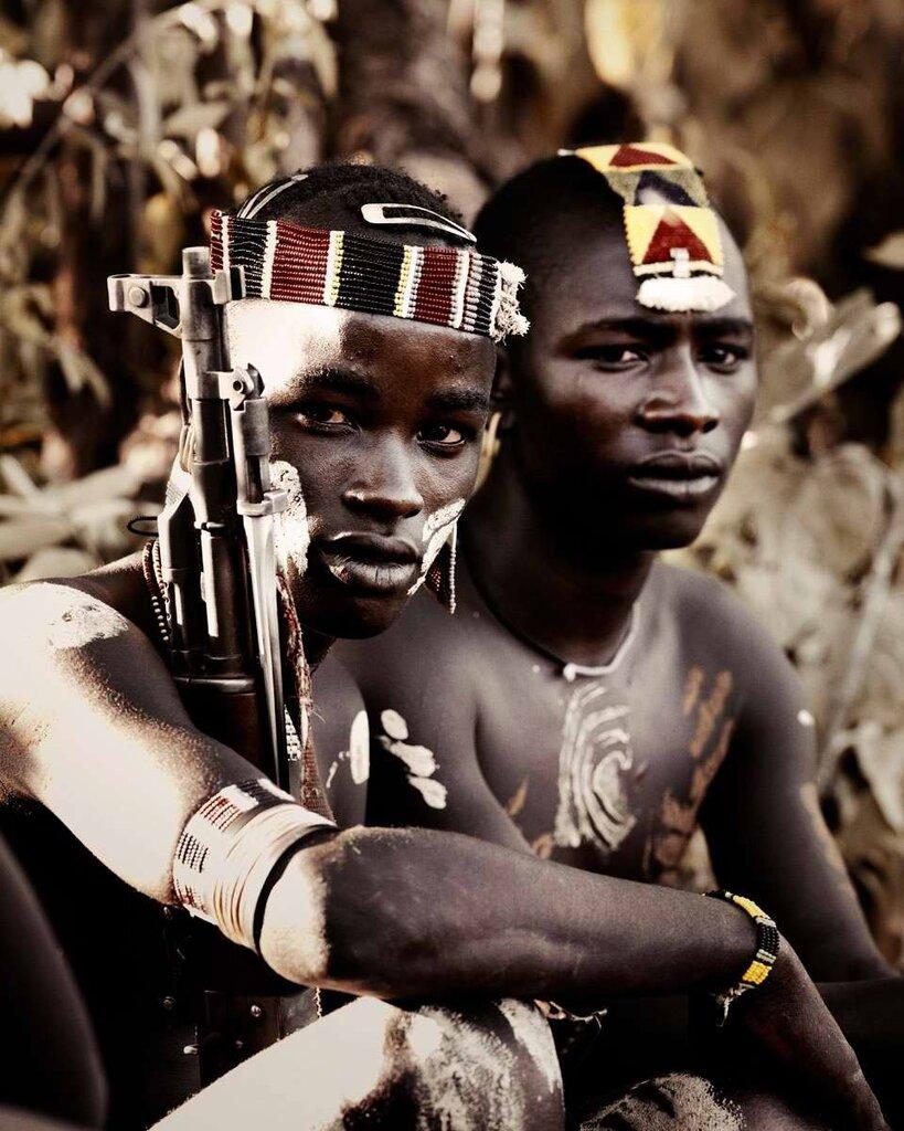 Представители эфиопского племени банна (2)
