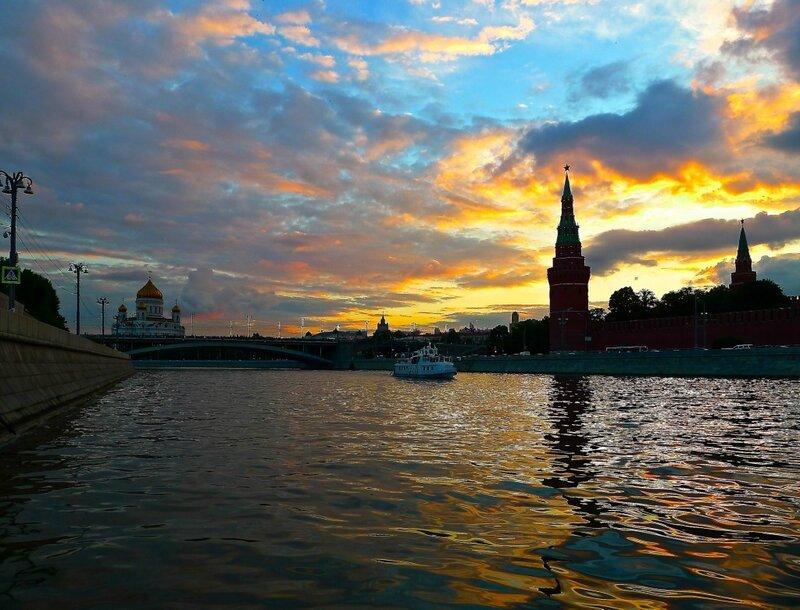 Закат на Москве-реке