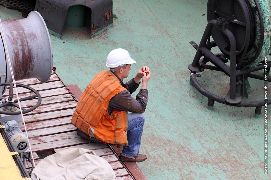 вахтенный на «Волго-Дон 201» в момент ликвидации аварии у Строгинского моста