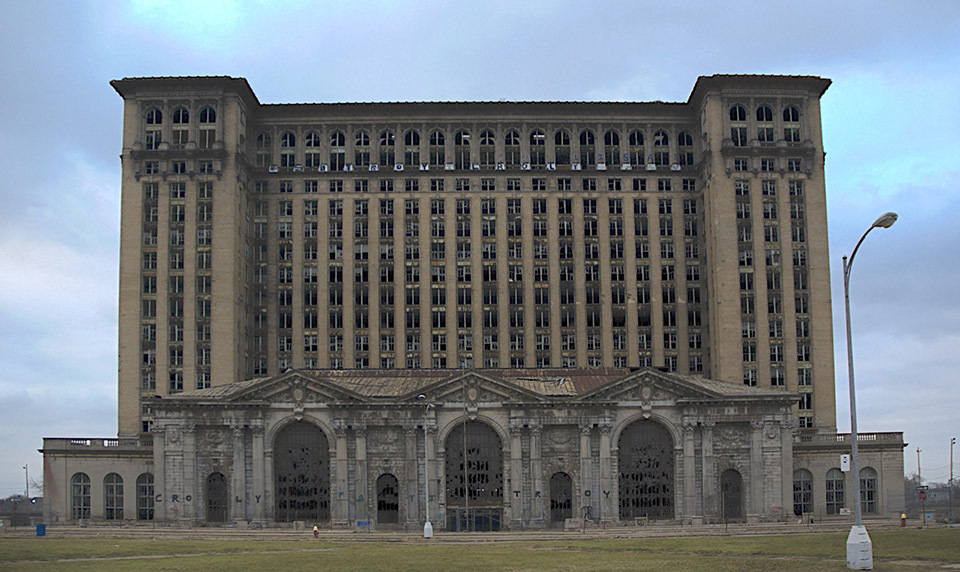Детройт-город-банкрот