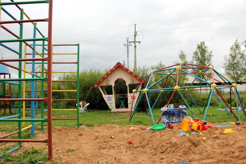 Еще бы хотелось построить хорошую песочницу