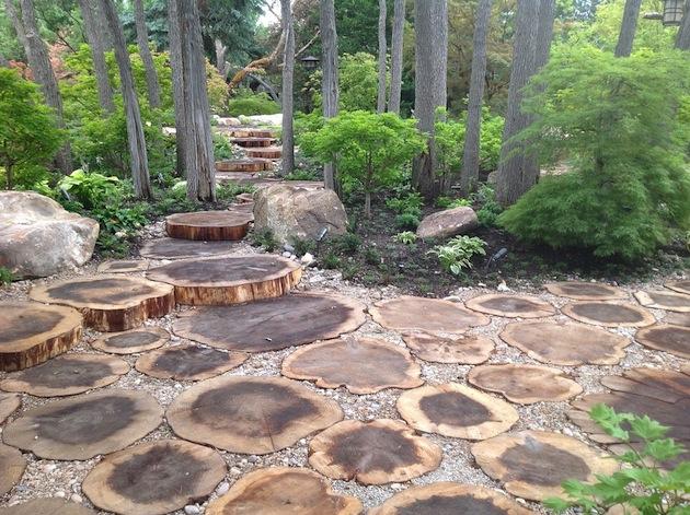 Ландшафтный дизайн из дерева своими руками