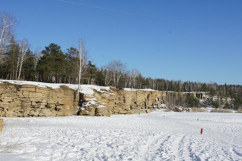 Изумрудный карьер зимой