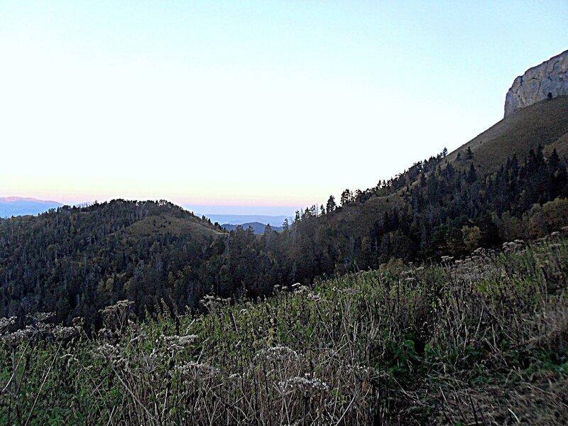 В походе, Тхач