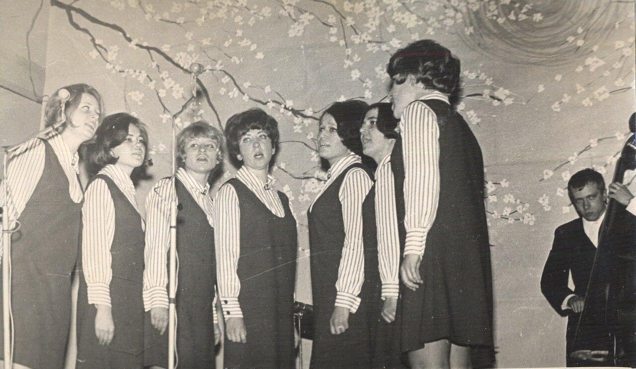 1968. Студенческая весна. Тачанка