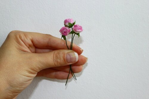 Делаем своими руками маленькие цветочки 94