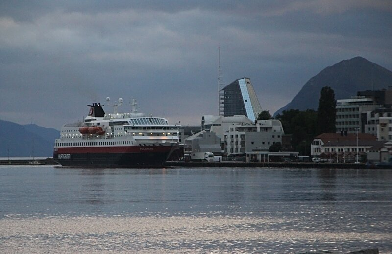 Molde, Cruise port, evening