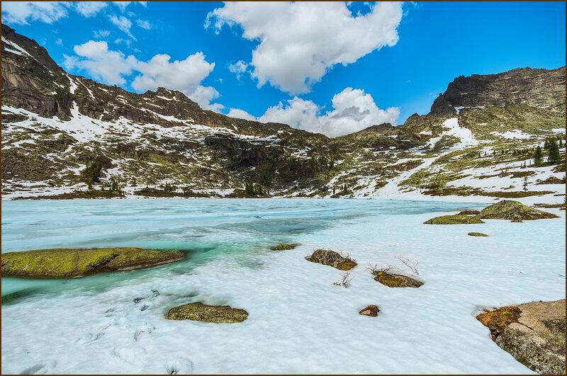 В горах лето