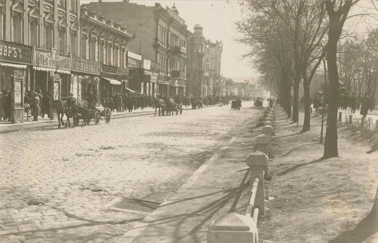 Уличная сцена в Екатеринославе