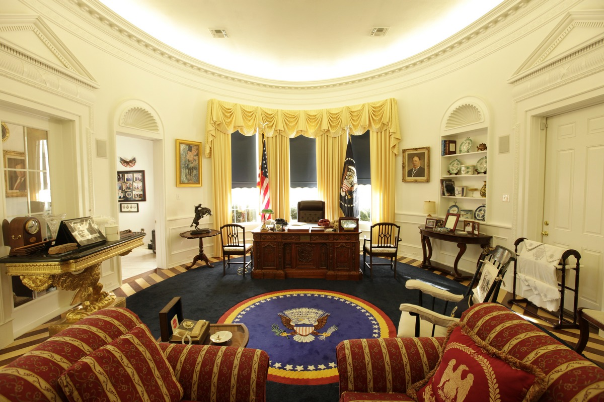Replica Oval Office In Longview Texas