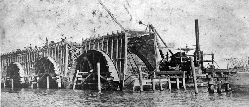 Florida East Coast Railway, Key West Extension. A postcard showing construction of bradge arch. Photo from the Monroe County Library Collection.
