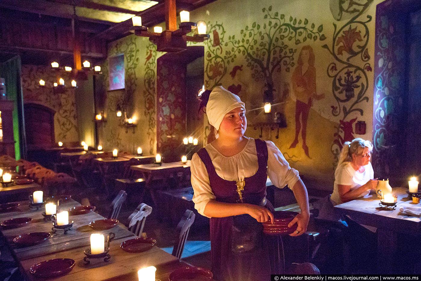 Ресторан для голодных варваров в Таллине