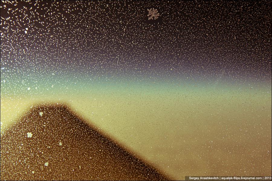 Снежинка на высоте 10 тысяч метров