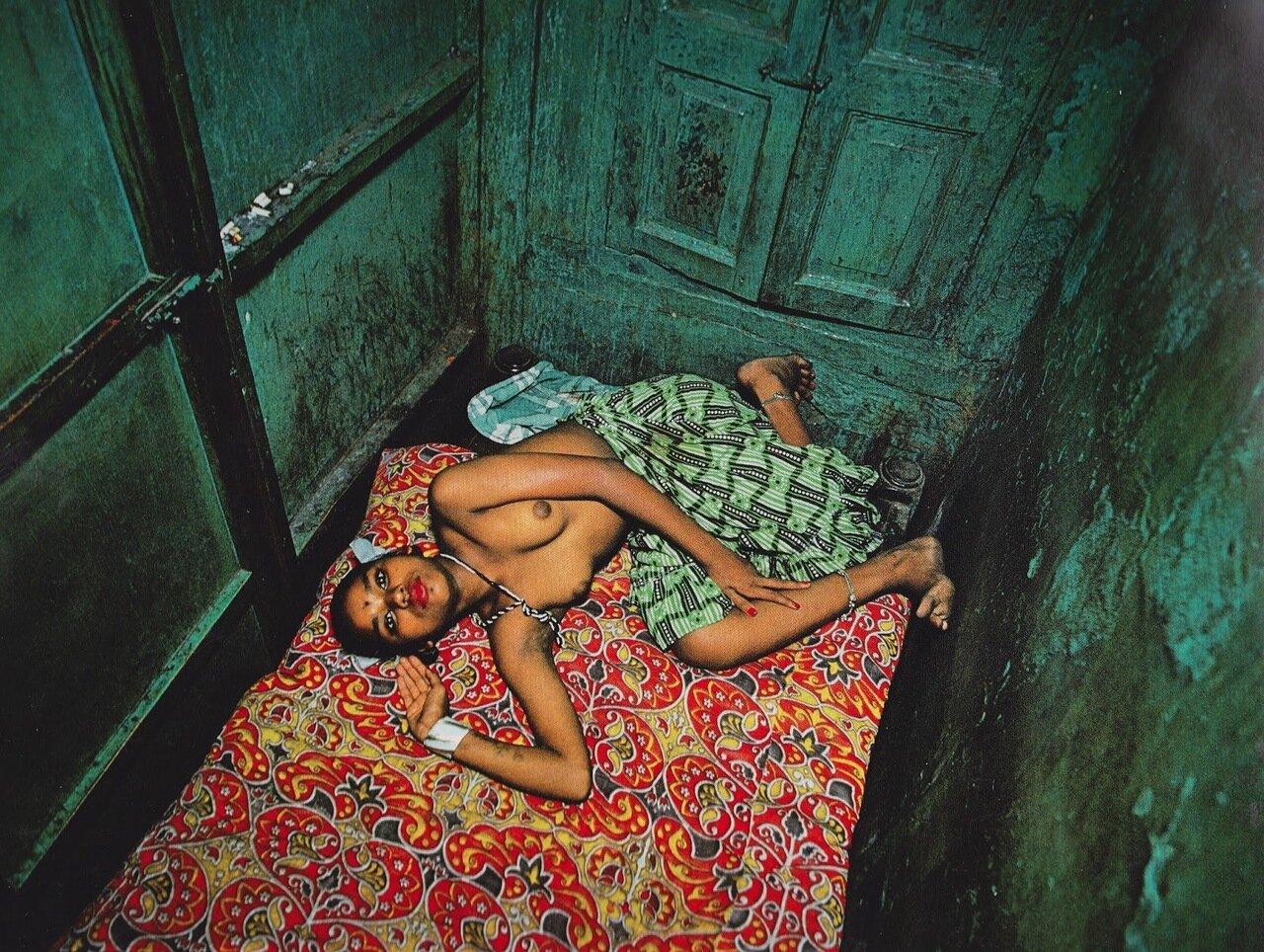 02. Проститутка Лата на своем рабочем месте