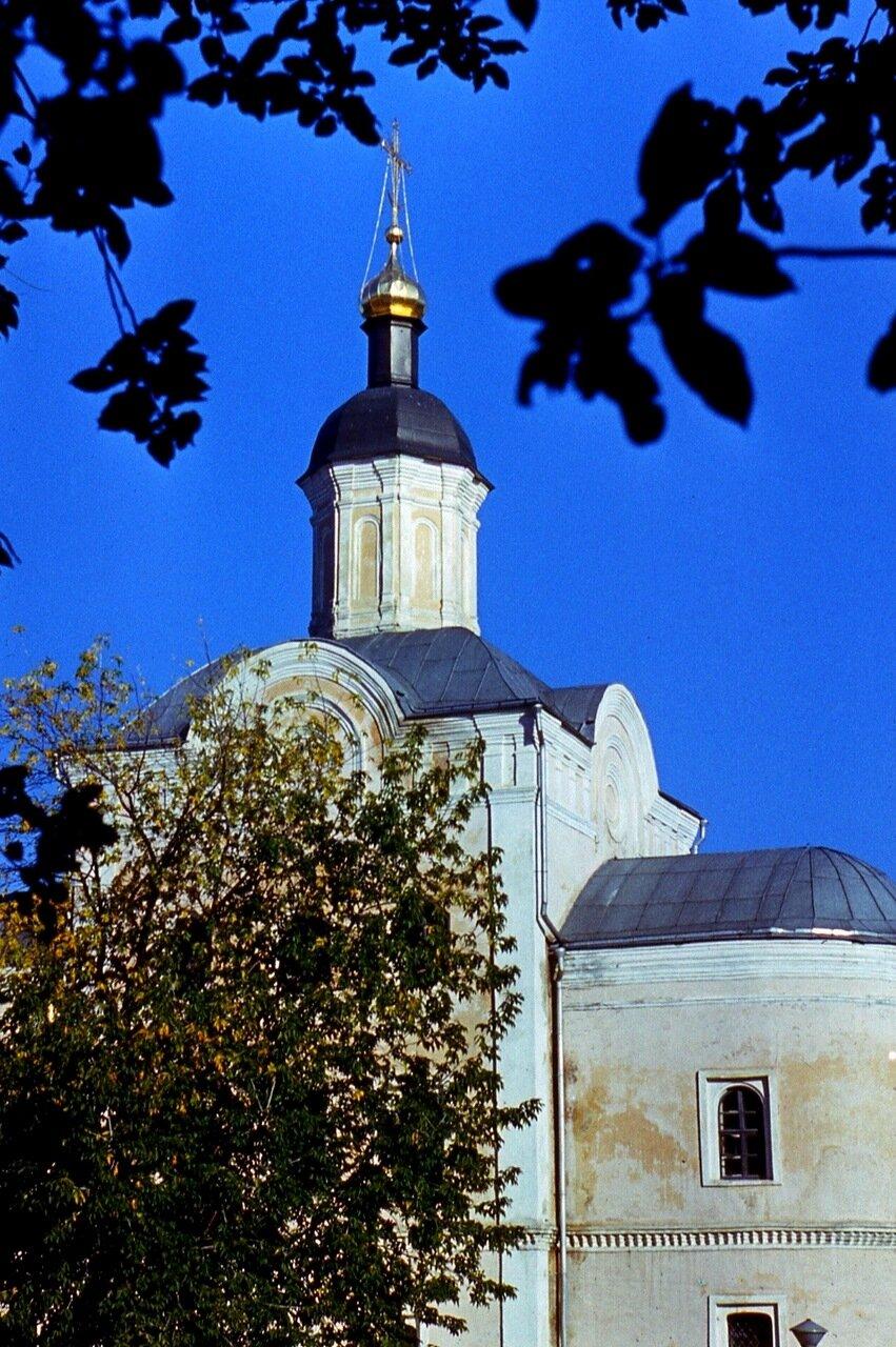 4.  Церковь  Авраамиева  монастыря