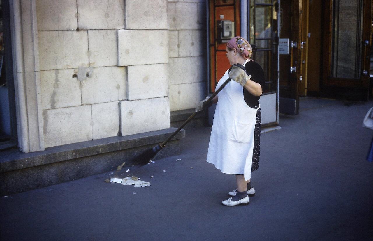 USSR 1966  street sweeper