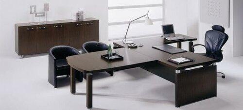 Стильная офисная мебель повысит ваш статус