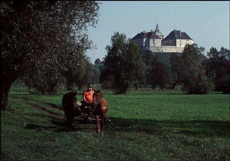 Восточный Львов, Олесский замок, построенный поляками в XIV веке. 1988 год.