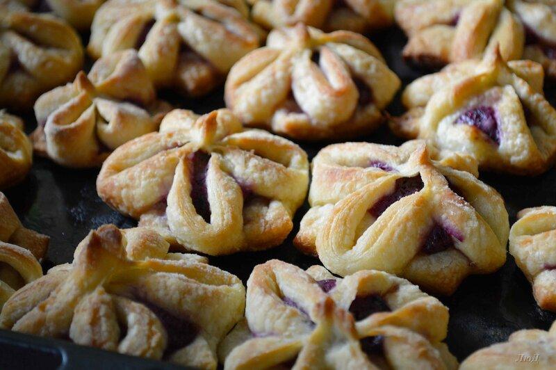 Быстро и вкусно! Красивое печенье из слоёного теста