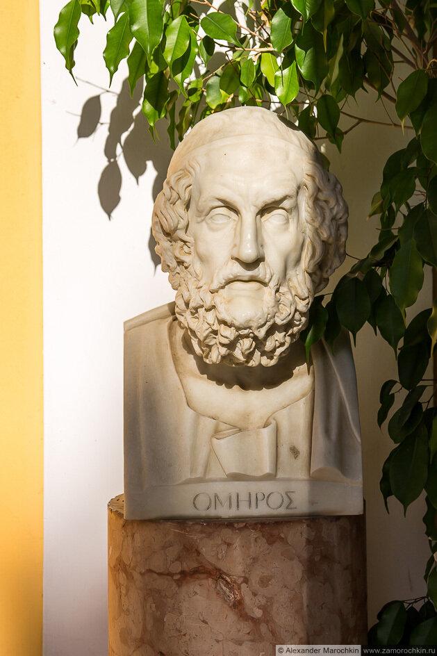 Скульптурный портрет Гомера во дворце Ахиллеон