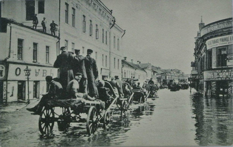 Наводнение в апреле 1908 года. Улица Полянка