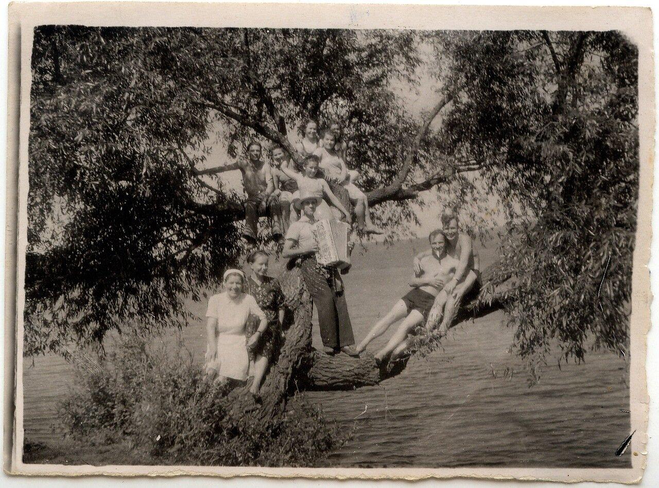 1951. Батмановка